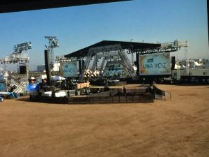 Rise Up stage in the desert!